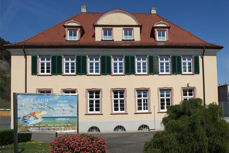 Gebäude Kunstakademie Wertheim, Akademie für Fotorealismus, Atelier Leoni